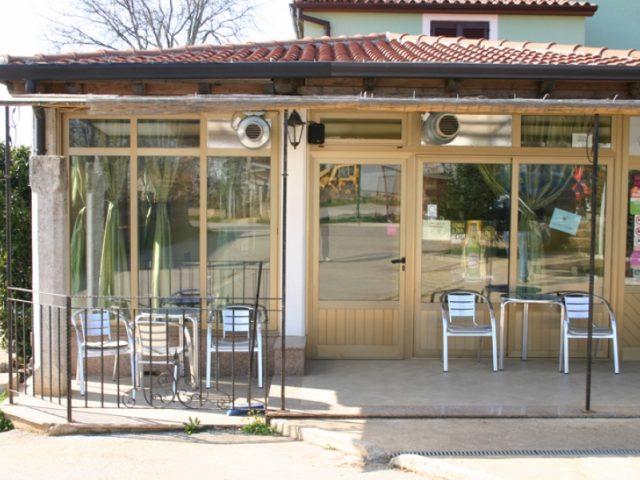 Caffe bar Izy